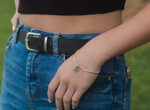 brs19-small-heart-bracelet