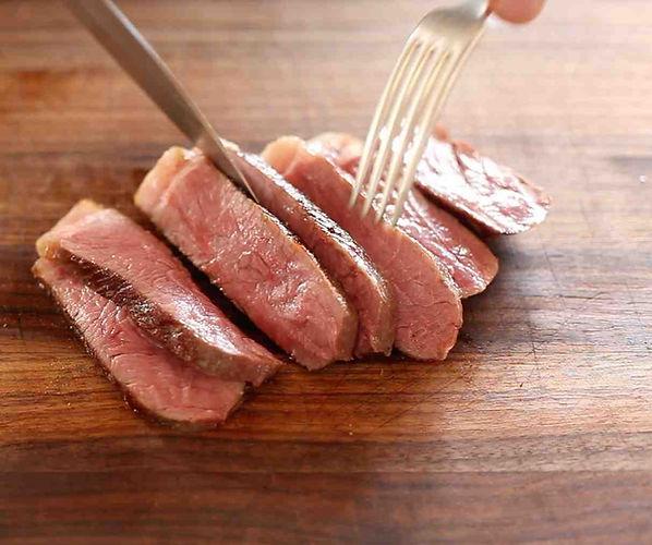 мясо Sous vide су вид сувид
