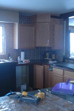 12-09-09-Kitchen-9.jpg
