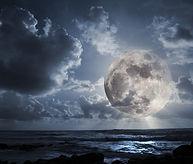 Два мистика - Луна в облаках  