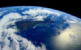 О сверхглубоких скважинах.Что мешает пробурить скважину до центра Земли и узнать, что там находится? О строении космоса мы знаем гораздо больше, чем о том, как устроен Земной шар.