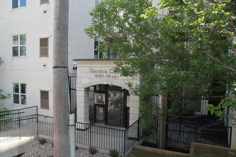 Terrace Court Entrance