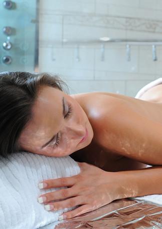 Body Scrub with Vichy Shower