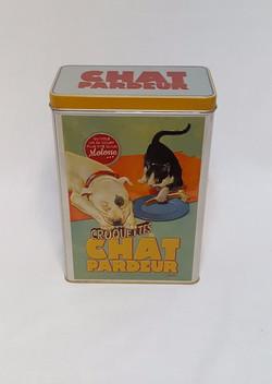 Boîte à croquettes