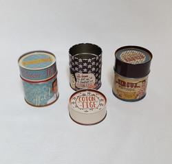 Boîte à coton-tiges