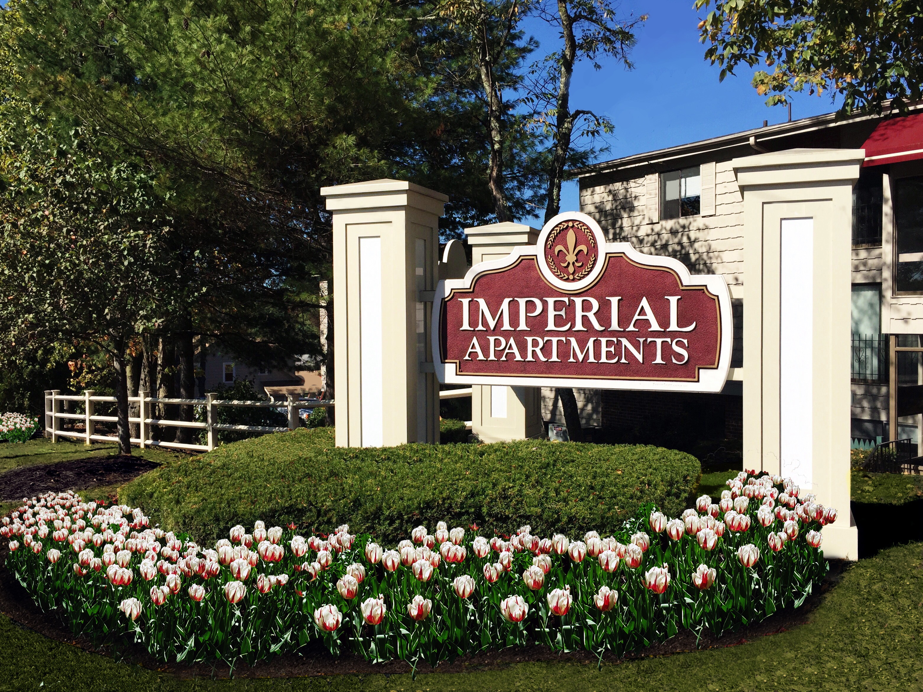Imperial Sign