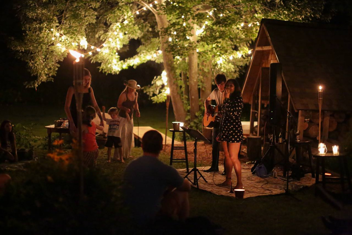 Complicated Animals House Concert Night.
