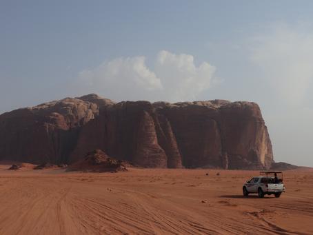 あのディズニー最新作「アラジン」のロケ地!! 〜中東ヨルダンの砂漠キャンプで、砂漠の民の生活に酔いしれる〜