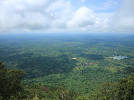 「天空の寺院」カンボジア、プレアヴィヒア!