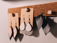 How to Make a Fortune on Etsy Even if You're the Least Crafty Person on the Planet