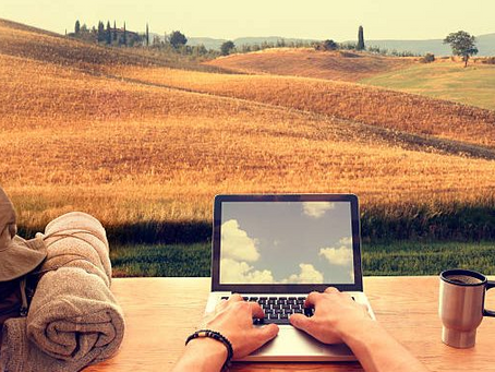 How To Be a Digital Nomad And Work From Anywhere In The World