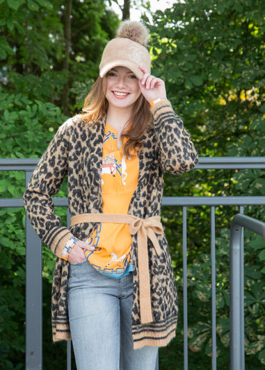 Strickjacke: Princess, Bluse: herzen'Sangelegenheit bei  U I SHE