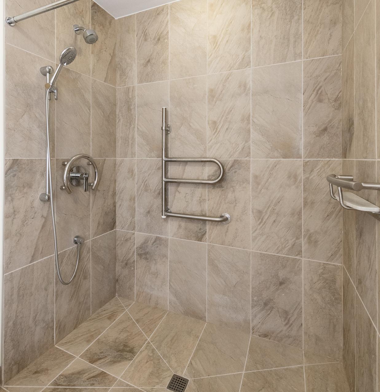 Zero-threshold shower.