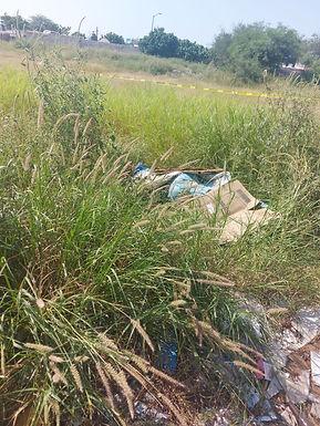 Localizan el cuerpo de un hombre envuelto en una lona en Los Arroyos