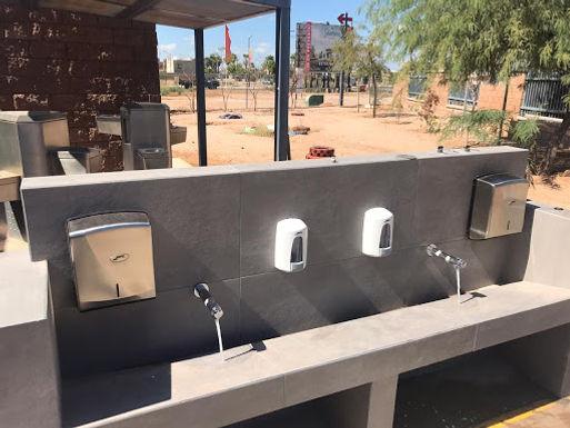 Instalan lavamanos en planteles escolares para combate al Covid-19