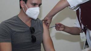 Inicia vacunación a personas de 30 a 39 años en Hermosillo