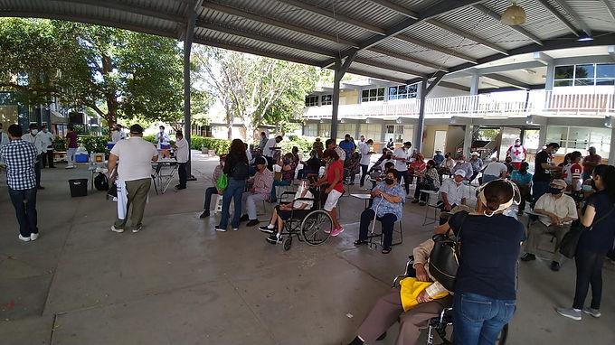 Inicia vacunación contra el Covid-19 para adultos mayores en Hermosillo