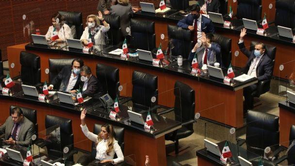 Regresan al Congreso del Estado diputados que perdieron elecciones