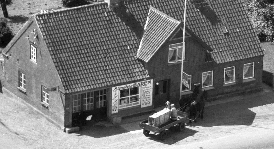 Grenåvej_236_1959_Baren.jpg