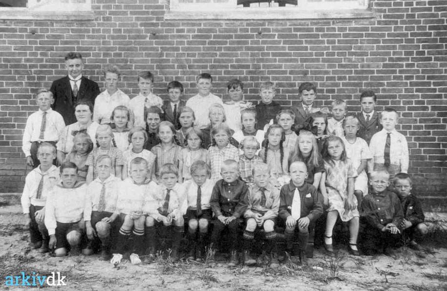 Ring Skole 1927.jpg