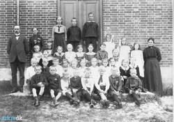 B3339_lærer_Larsen_1918