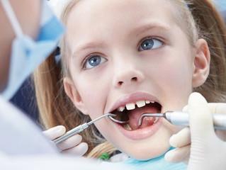Как и зачем лечить молочные зубы? Советы детского стоматолога