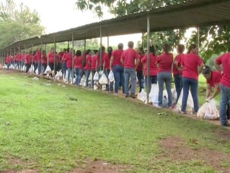 Visitors coming to visit inmates in La Joya prison Panamá