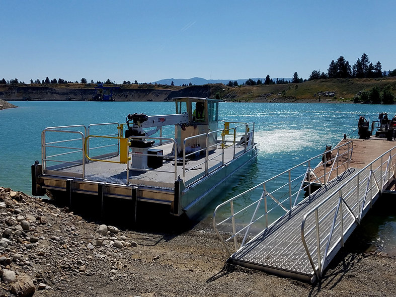 crane barge custom aluminum workboat work boat outboard motor wheelhouse push knees powered barge