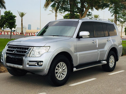 Mitsubishi Pajero 2015 GCC specs single owner in 0%  down payment options