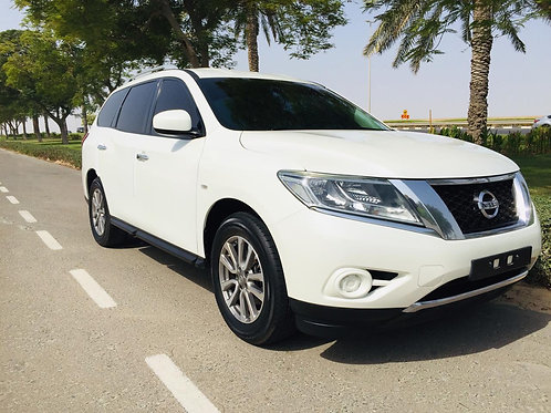 Nissan Pathfinder 2016 model 4WD without any payments