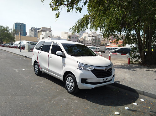 Toyota Avanza 2016 model 7 seater mid option with easy finance options