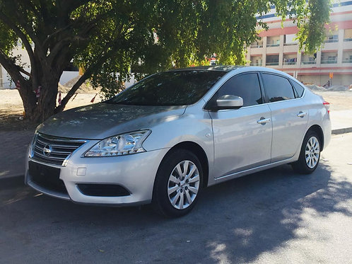 Nissan sentra 2017mid option with Navigation reverse camera  without any payment