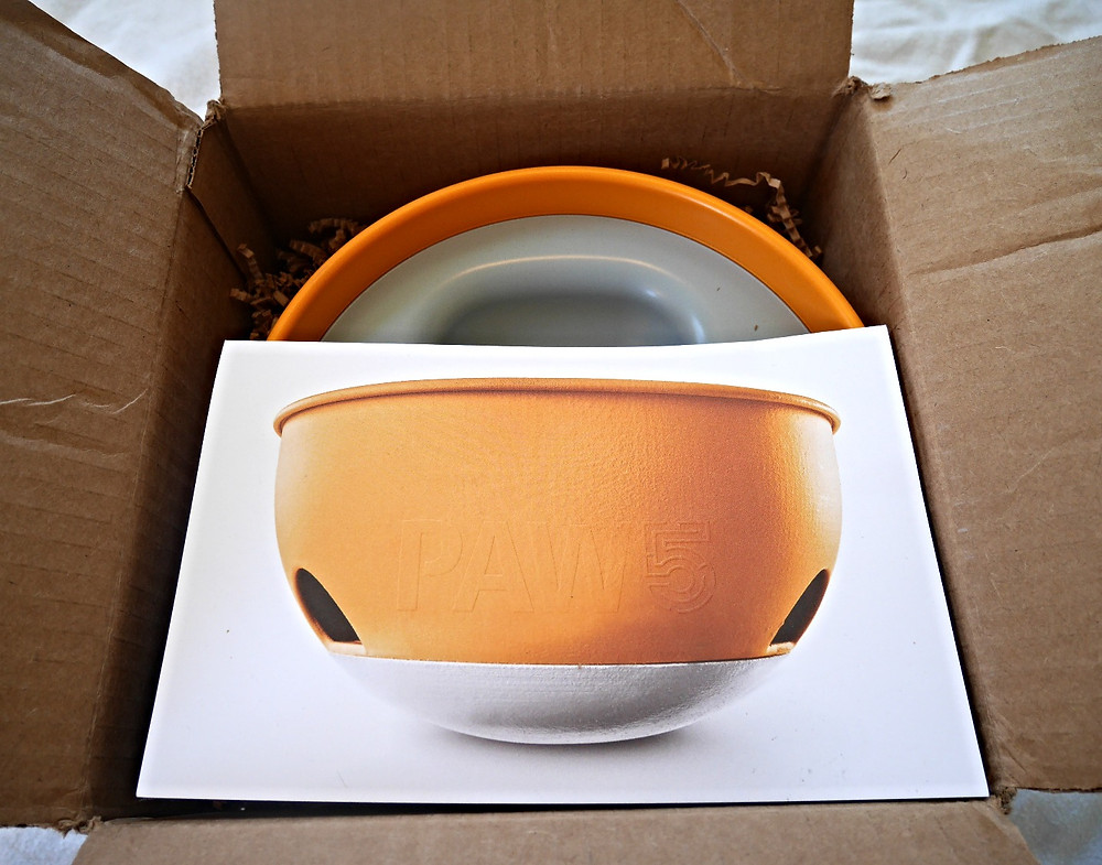 Simple and Fun packaging of the PAW5 Rock N' Bowl