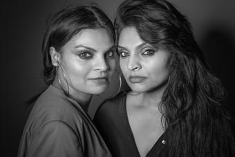 Tina S. Qazi og Anita Syed