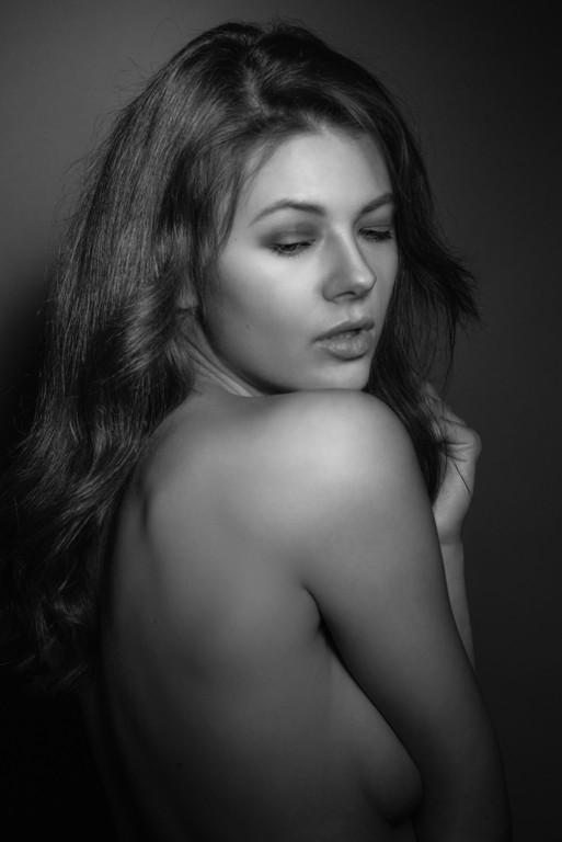 Monika Lola Kužmová
