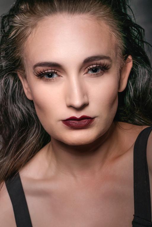 Modelling by MissZenia