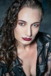 Modeling by MissZenia