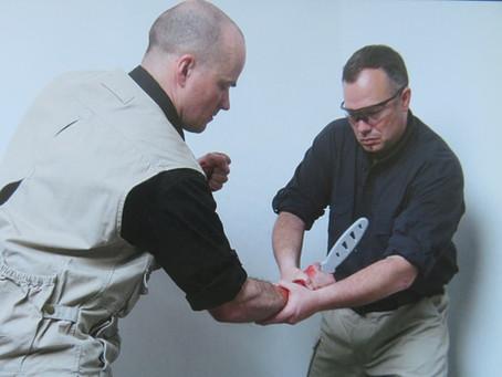 Bojové použití nože a dýky – část V. Různé styly, školy a systémy – Současnost