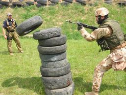 Střelecká příprava a nácvik úderu zbraní