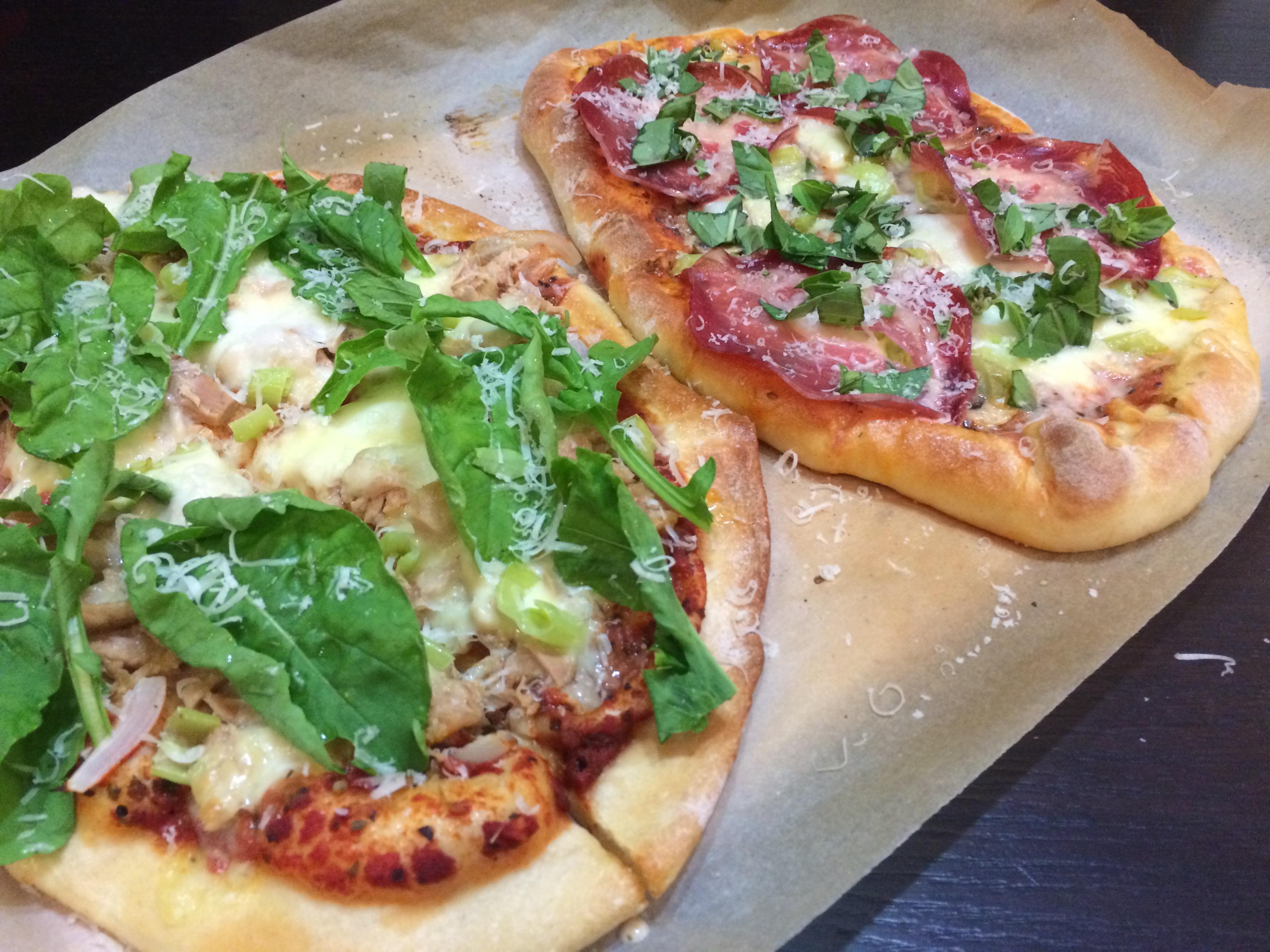Pizza Braseola și Pizza cu Ton