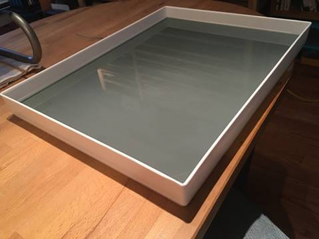 Comment créer une palette de verre pour la peinture.