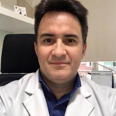 Dr. Leonardo Fleury
