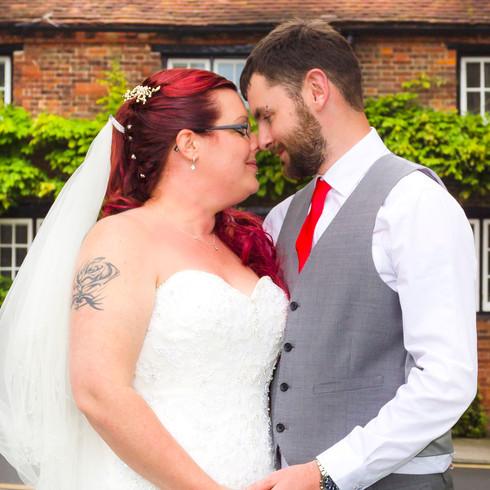 Bride and Groom outdoor wedding | Panda Creative