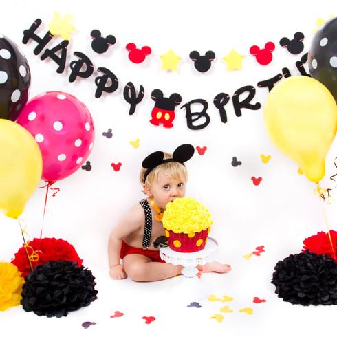 Disney cake smash mickey mouse with giant cupcake 1st birthday | Panda Creative
