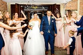 Bride and Groom confetti photos