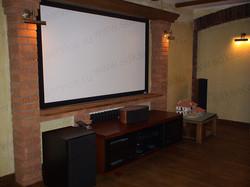 Домашний кинозал с акустикой Kef