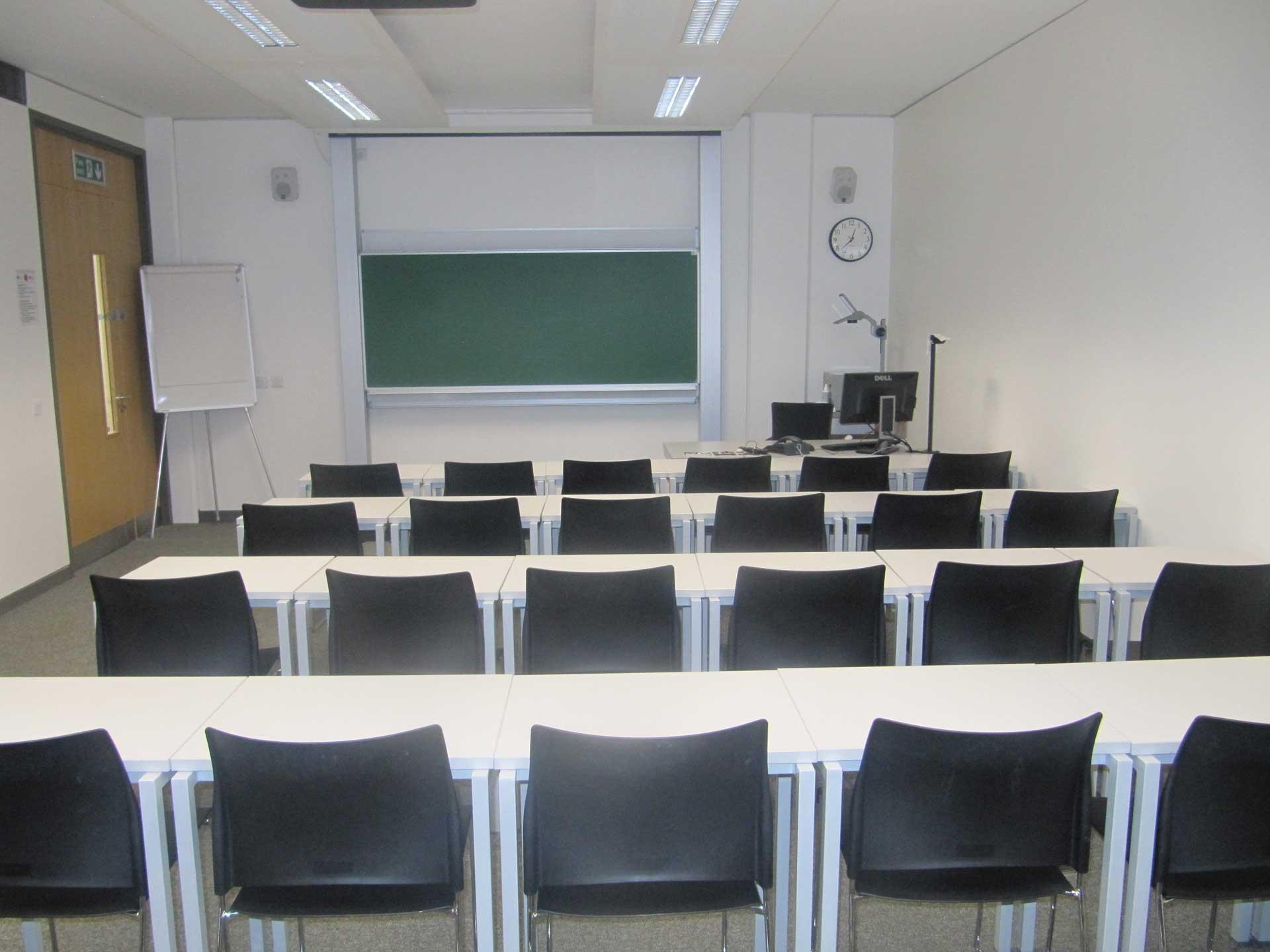 ACET-Junior-Classroom1