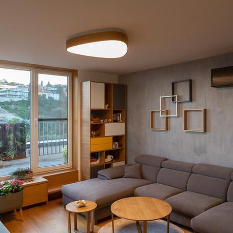 Najobľúbenejšie svetelné stropy: LED svietidlo TRI 900 s nepriamym podsvietením
