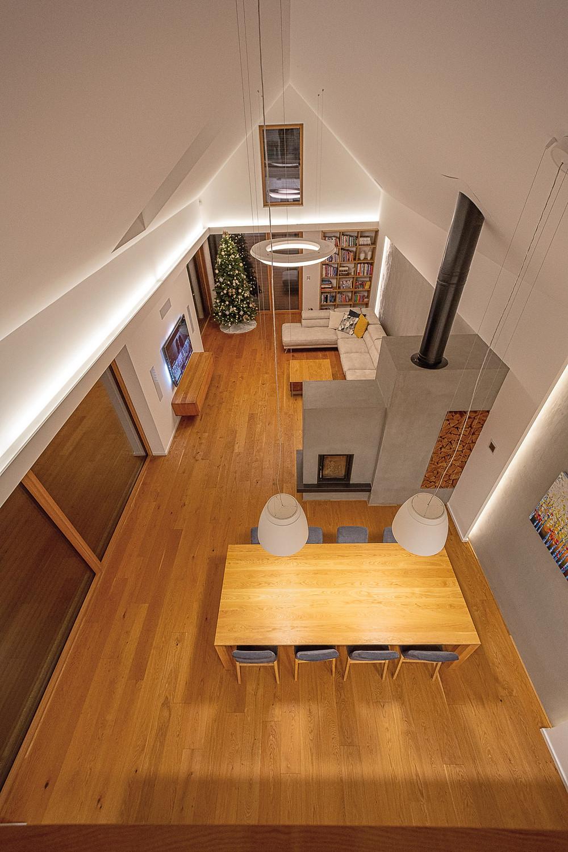 osvetlenie obývačky LED rímsa a štrbina svetelné stropy