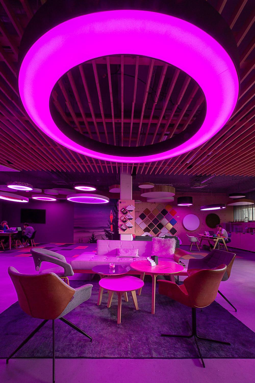 prstencové závesné svietidlo farby RGB svetelné stropy